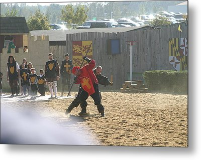 Maryland Renaissance Festival - Jousting And Sword Fighting - 121276 Metal Print by DC Photographer
