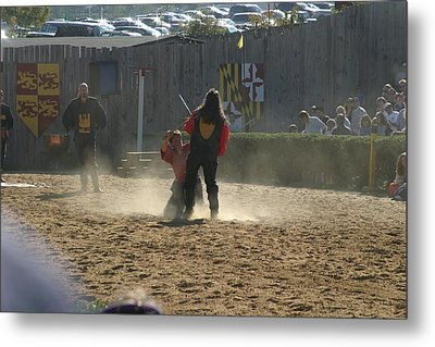Maryland Renaissance Festival - Jousting And Sword Fighting - 121286 Metal Print by DC Photographer