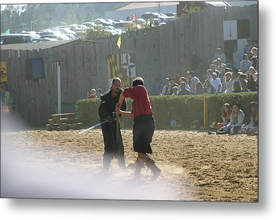 Maryland Renaissance Festival - Jousting And Sword Fighting - 121293 Metal Print by DC Photographer