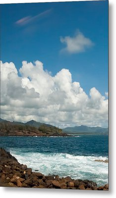 Maui Sea And Surf Metal Print by Michael Flood