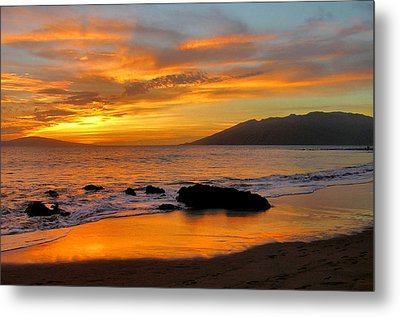 Maui Sunset Metal Print by Stephen  Vecchiotti