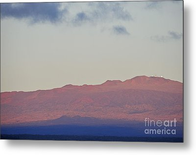 Mauna Kea Volcano At Sunrise From Hilo Metal Print