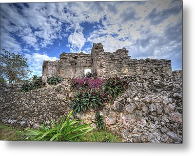 Metal Print featuring the photograph Mayan Ruin At Tulum by Jaki Miller