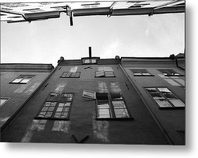Medieval Houses With Open Window - Monochrome Metal Print by Ulrich Kunst And Bettina Scheidulin