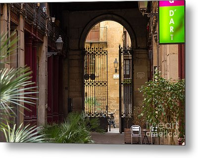Meet Me For Coffee In The Courtyard Metal Print by Rene Triay Photography