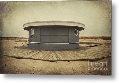Memories In The Sand Metal Print