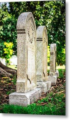 Memphis Elmwood Cemetery Monument - Four In A Row Metal Print by Jon Woodhams