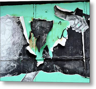 Memphis Found Art Green Good On Ya Metal Print by Steve Archbold
