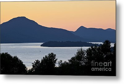 Memphremagog Twilight Metal Print by Alan L Graham