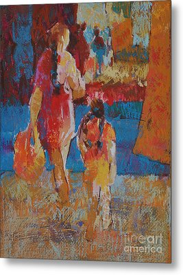 Mercado Mother And Daughter Metal Print by Roger Parent