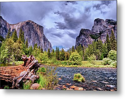 Metal Print featuring the photograph Merced River Yosemite Valley by Janis Knight