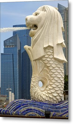 Merlion Statue By Singapore River Metal Print by David Gn