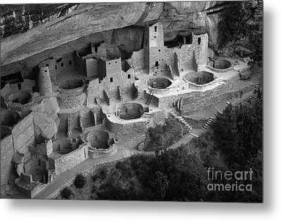 Mesa Verde Monochrome Metal Print by Bob Christopher