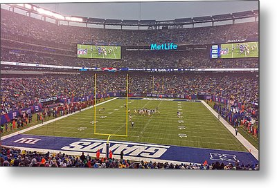Metlife Stadium And New York Giant Metal Print by Juergen Roth
