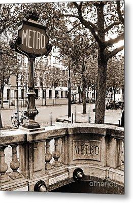 Metro Franklin Roosevelt - Paris - Vintage Sign And Streets Metal Print