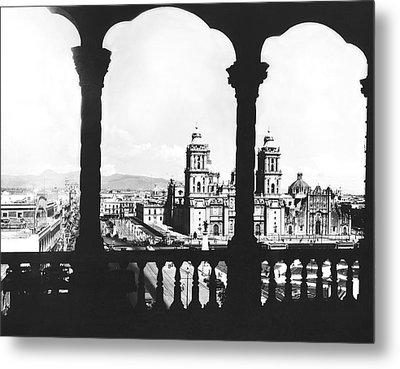 Mexico City Plaza Metal Print by Underwood Archives