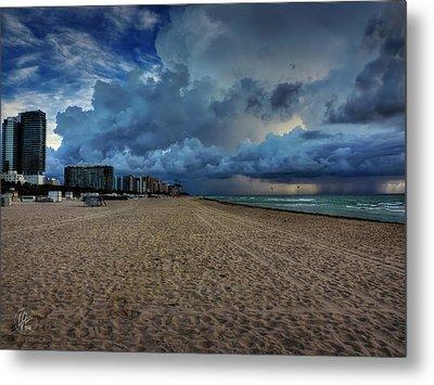 Miami - South Beach 002 Metal Print by Lance Vaughn