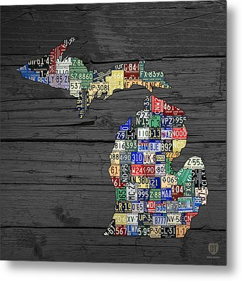 Michigan Counties State License Plate Map On Gray Wood Metal Print