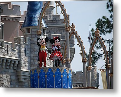 Mickey And Minnie In Living Color Metal Print