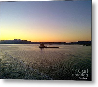 Metal Print featuring the photograph Middle Sea Sunrise by Ramona Matei