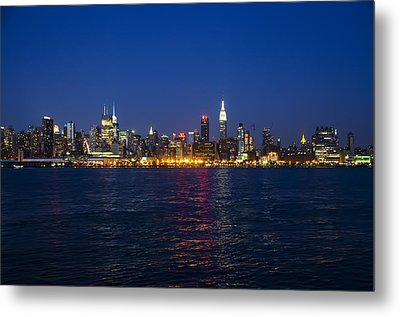 Midtown Manhattan Skyline View Metal Print by Bill Cannon
