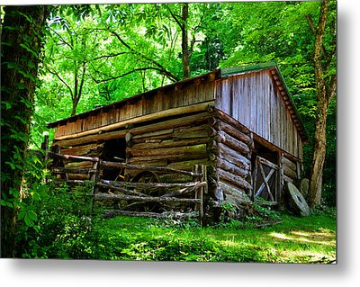 Mill House Barn Metal Print by David Lee Thompson
