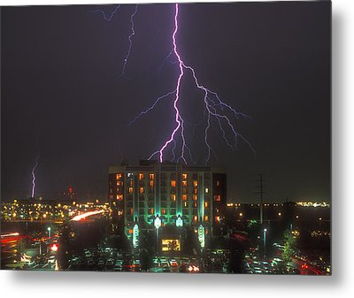 Minnesota Electrical Storm Metal Print by Mike McGlothlen