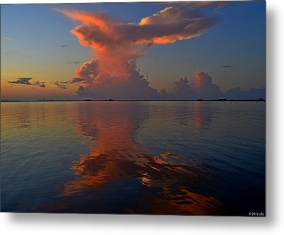 Mirrored Thunderstorm Over Navarre Beach At Sunrise On Sound Metal Print