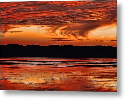 Metal Print featuring the photograph Mississippi River Sunset by Don Schwartz