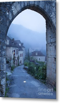 Misty Dawn In Saint Cirq Lapopie Metal Print by Brian Jannsen