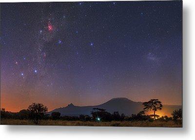 Mliky Way And Large Magellanic Cloud Metal Print by Babak Tafreshi