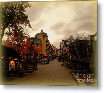 Metal Print featuring the photograph Mont Tremblant by Elfriede Fulda