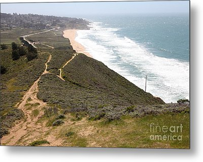 Montara State Beach Pacific Coast Highway California 5d22632 Metal Print by Wingsdomain Art and Photography