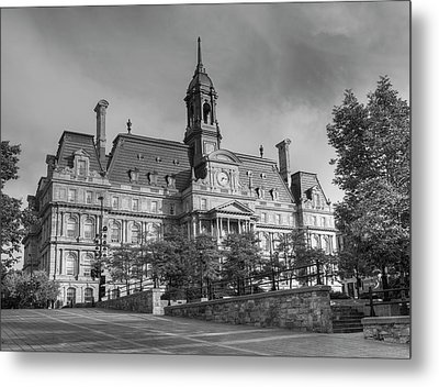 Montreal City Hall  Montreal, Quebec Metal Print by David Chapman