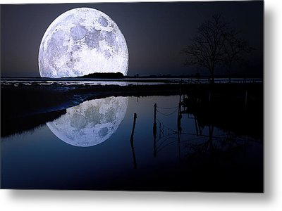 Moon At Night Metal Print by Gianfranco Weiss