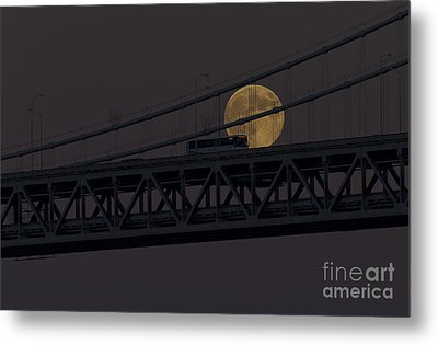 Metal Print featuring the photograph Moon Bridge Bus by Kate Brown