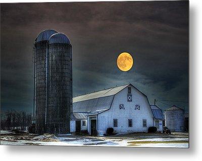 Moon Light Night On The Farm Metal Print by David Simons