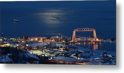 Moon-lit Arrival Metal Print by Gregory Israelson