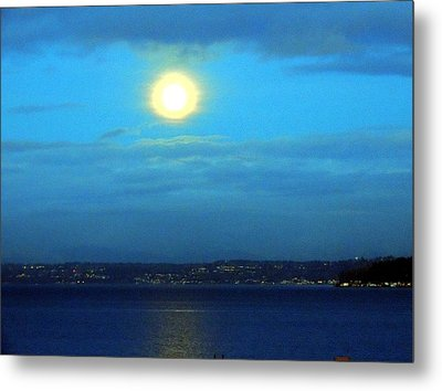 Moon Over Seattle Metal Print