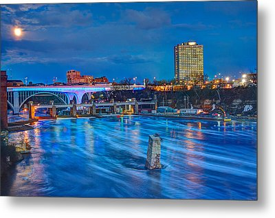 Moon Over The Mississippi Metal Print by Amanda Stadther