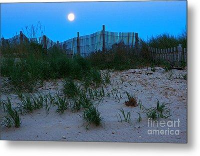 Moon Setting At Beach Plum Island Metal Print by Robert Pilkington