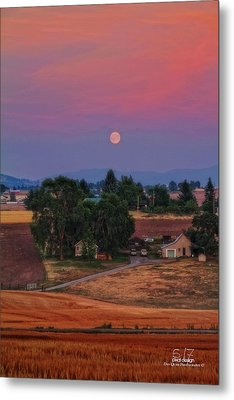 Moonrise At Sunset Metal Print by Dan Quam