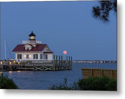 Moonrise Metal Print by Gregg Southard