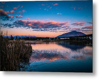 Metal Print featuring the photograph Moonrise Over Elizabeth Lake by Rob Tullis