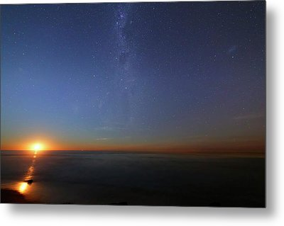 Moonrise Over The Sea Metal Print by Luis Argerich
