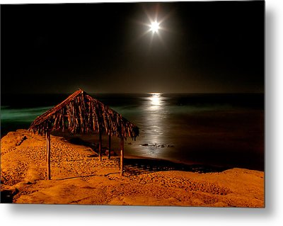Moonset Over Windnsea Metal Print