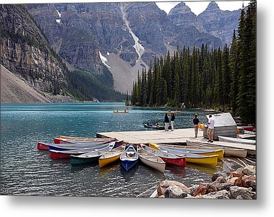 Moraine Lake Il Metal Print by Maria Angelica Maira