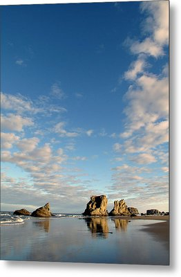 Morning Rocks Metal Print by Suzy Piatt