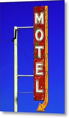 Metal Print featuring the photograph Motel Sign On Route 66 by Daniel Woodrum