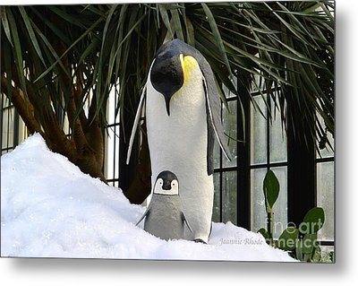 Mother Penguin And Baby Metal Print